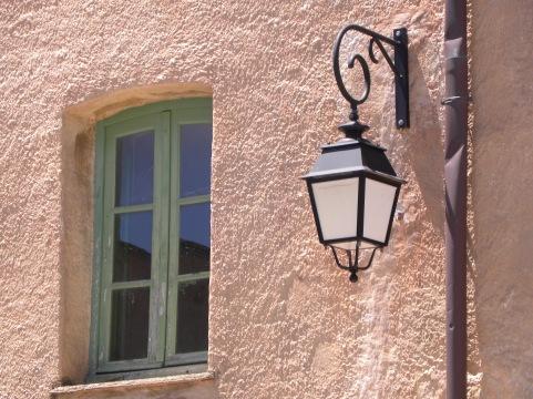 Hauswand bei der Zitadelle von Corte
