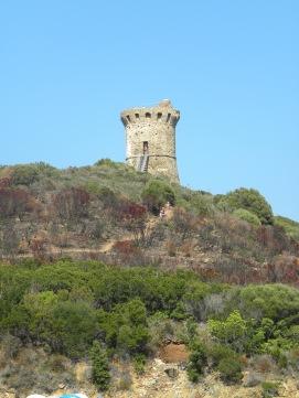 La tour génoise de Fautéa de près