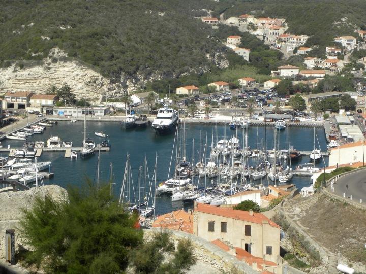 Der Hafen von Bonifacio