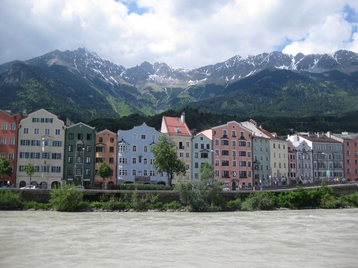 Innsbrucker Impressionen oder: Wer hätte gedacht, dass es auch in Österreich einen Triumphbogengibt?