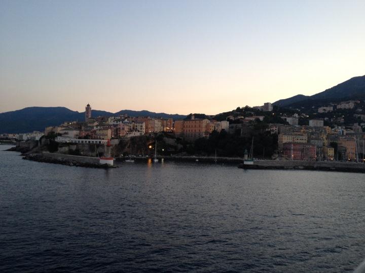 Bastia – Der SchattenKorsikas