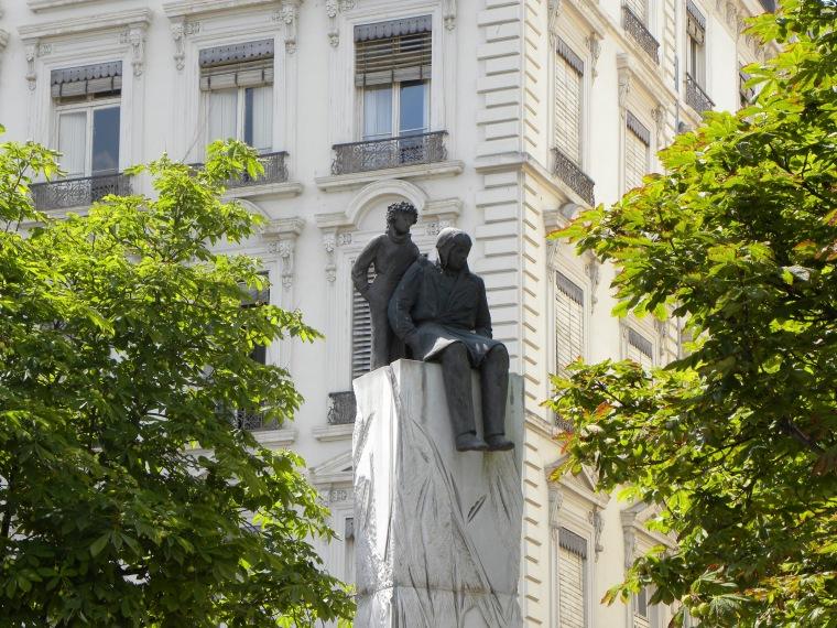 La Statue d'Antoine de Saint Exupéry et le Petit Prince