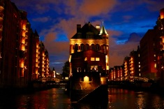 Abendliche Lichterfahrt_Hamburg_Speicherstadt_Hafen_bei Nacht
