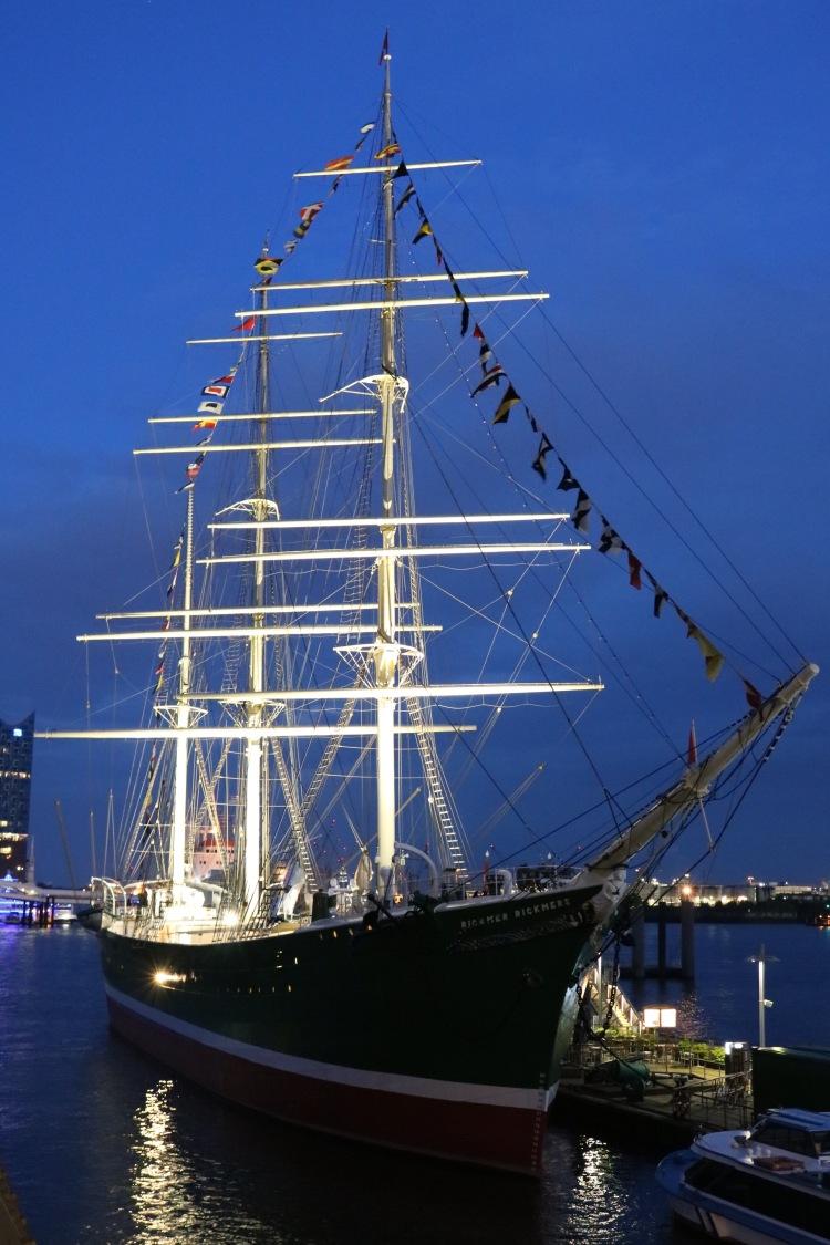 Hamburg_Hafen_Rickmer Rickmers_Schiff