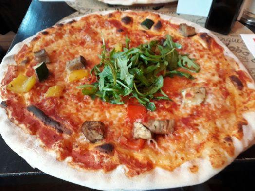 Hamburg_Pizzeria_L'Osteria_Pizza Vegetariana