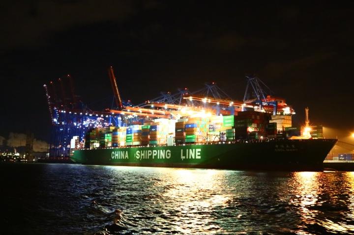 Impressionen von der Hafenrundfahrt_Container_Hamburg