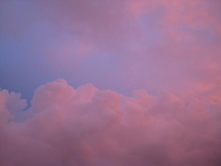Wolkenbild_Abendrot_Österreich