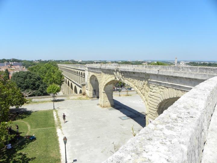 Aqueduc de Saint-Clément
