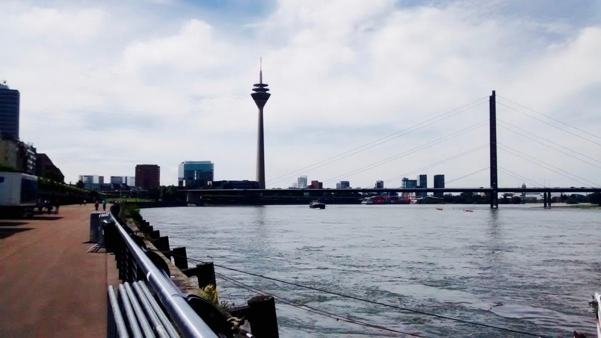 Kurztrip nach Düsseldorf oder Literaturübersetzen für Anfänger