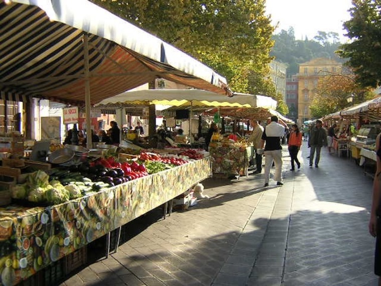Am Markt in Nizza