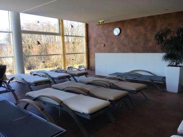 Liegen_relax_Wellnessbereich Falkensteiner