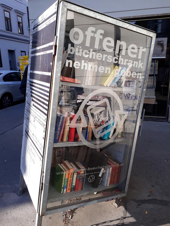 Offener Bücherschrank in Wien