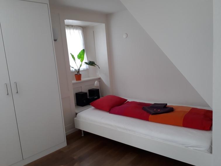 HITrental Apartment Zürich_Bett