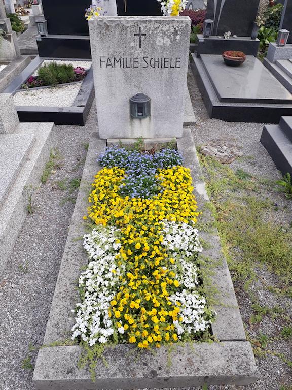 Schiele Familiengrab in Tulln