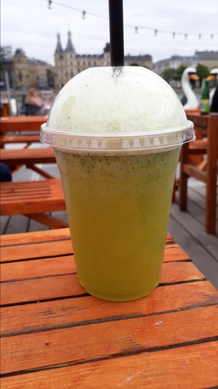 cafc3a9-tipp-kopenhagen-kaffesalonen-smoothie.jpg