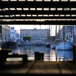 Eine der niedrigsten Brücken in Kopenhagen
