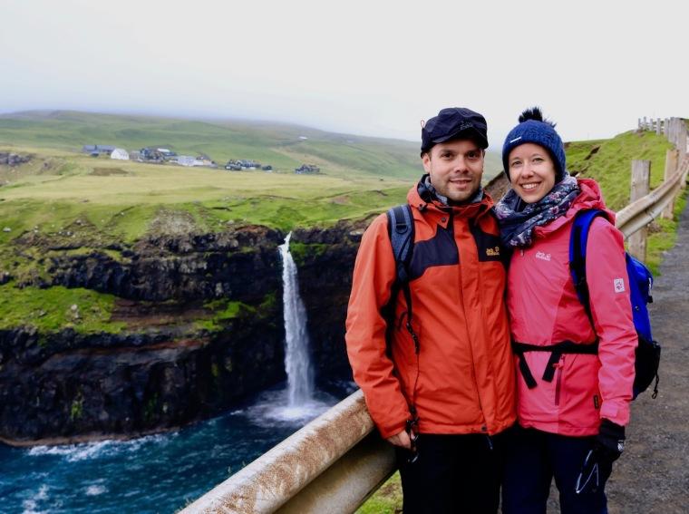 Färöer-Inseln_Múlafossur-Wasserfall