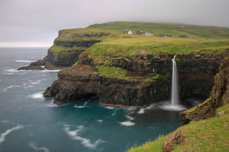 Wasserfall Múlafossur Gásadalur Färöer Inseln