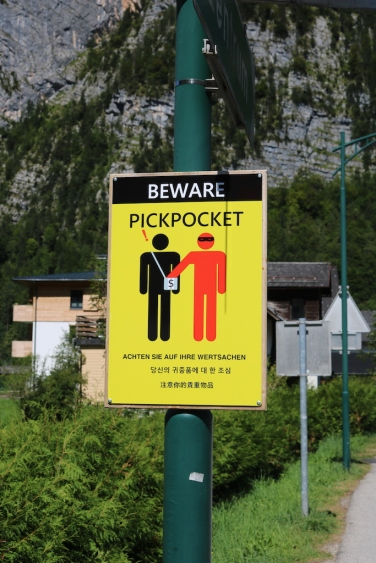 Beware of Pickpockets HAllstatt