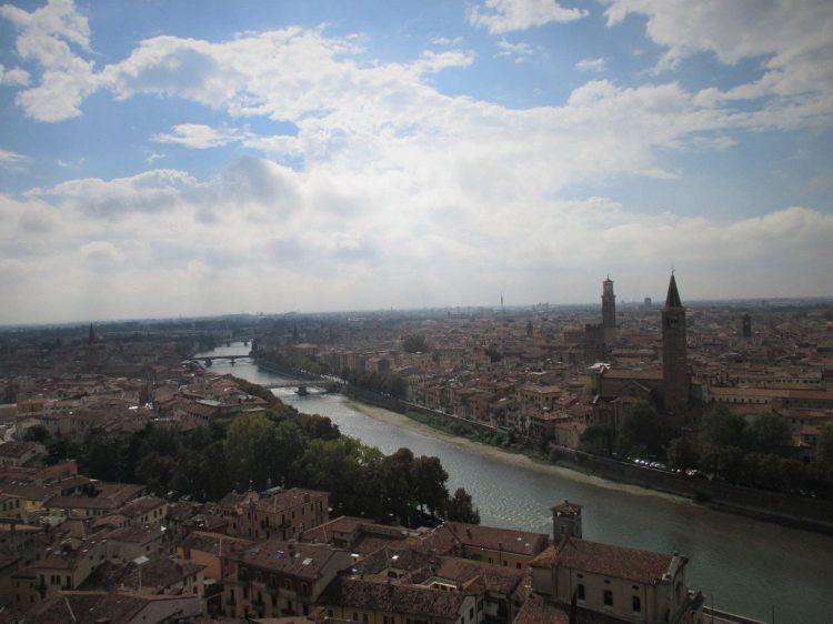 Blick auf Verona und die Etsch