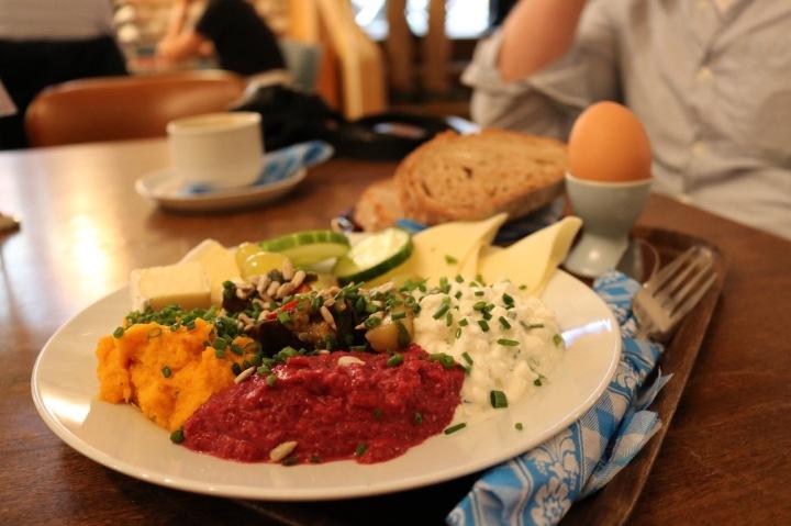 Food- & Travelguide Vienna für VegetarierInnen undVeganerInnen