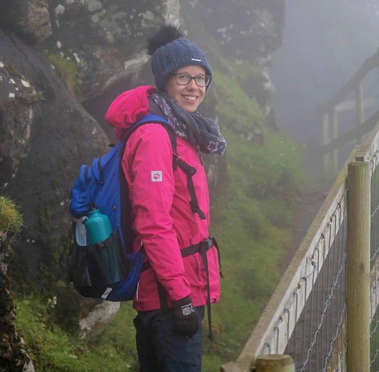Färöer_Mykines_wandern bei extremen Nebel