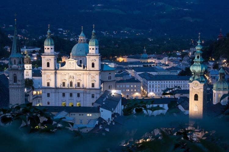 Salzburg zur Adventzeit _ Blick vom Mönchsberg