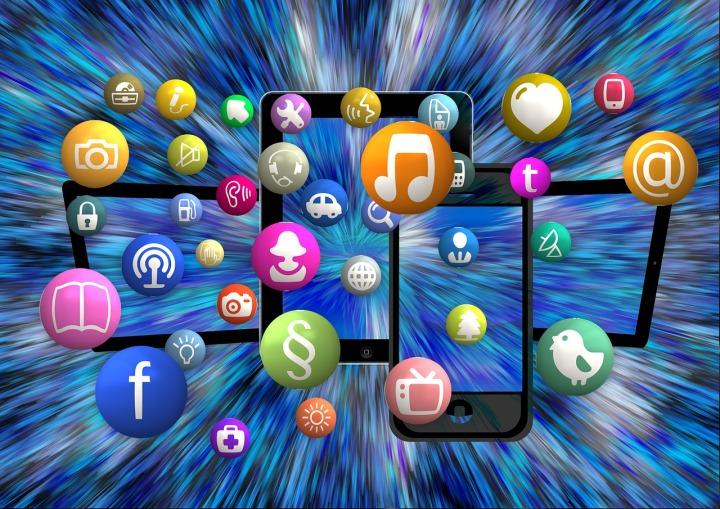 15 kostenlose Reise-Apps im Test – meine persönlichen Tops undFlops