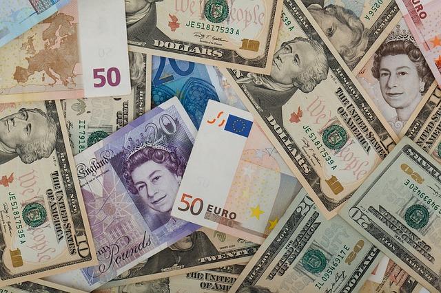 verschiedene währungen umrechnen mit der reise-app oanda