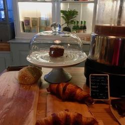 Kaffee und Kuchenpause im Café Paname in Tórshavn