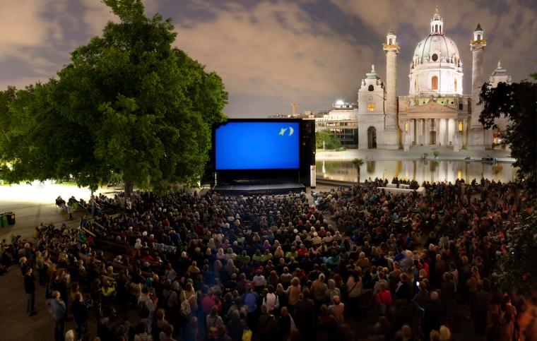 Kino unter Sternen_Wien_Panorama_c_MarkusFruehmann