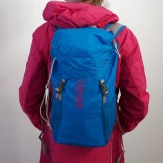Der Rucksack sitzt perfekt und angenehm am Rücken.